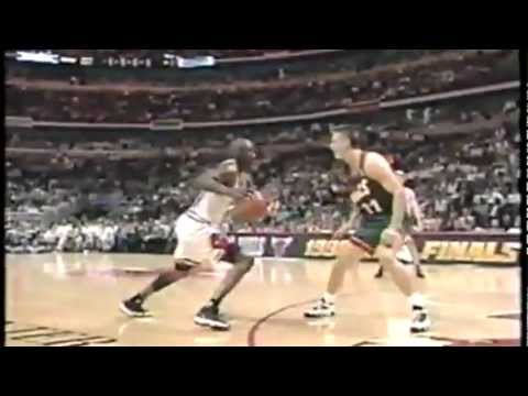 Chicago Bulls vs Seattle SuperSonics | 1996 NBA Finals - Game 1 | Michael Jordan 28 Pts | HD |