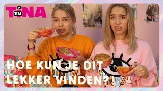 LISA & LENA PROEVEN NEDERLANDSE SNACKS DEEL 2 | LISA & LENA TASTE DUTCH SNACKS PART 2  | TinaTV