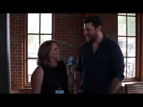 Chris Young Teases Fans At Miles and Music For Kids