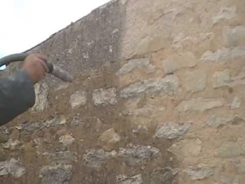 Sablage mur enduis a la chaux youtube - Renover mur en pierre interieur ...