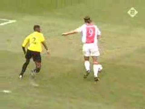 Gol incredibile di Ibrahimovic