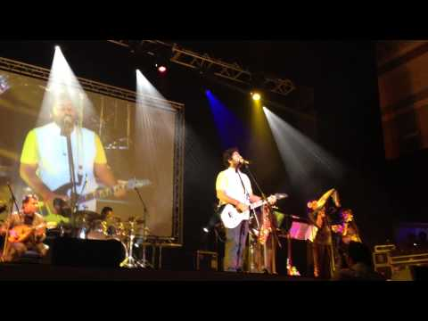 Arijit Singh Singing Atif Aslam Pehli Nazar & Tu Jaane Naa Live...