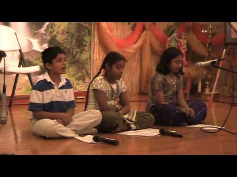 Govinda Damodara Stotram Sung by Vaishnavee and group