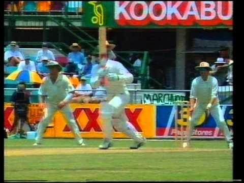 RARE footage of Shane Warne 7/23 vs Pakistan 1995/96 Gabba