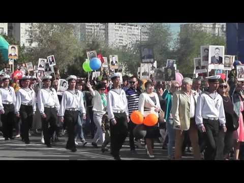 В Актау шествие Бессмертного полка собрало более пяти тысяч человек