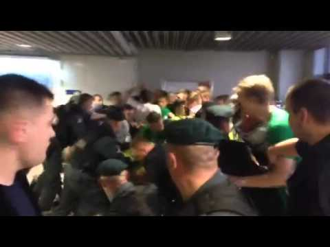 Zalgiris fans incident with police 2014-05-09 LKL Semi-final