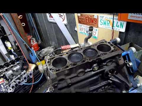 Daewoo Lanos (GM Family 1) Engine Autopsy Pt5  Head and Oil Pump