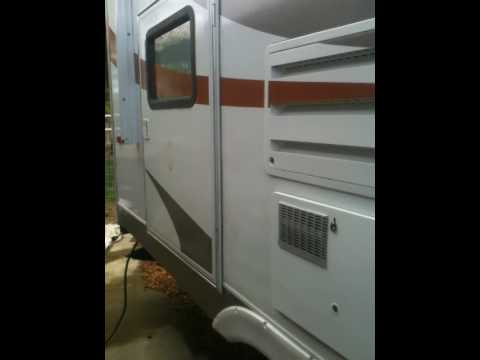 Skyline Layton 2455B fifth wheel travel trailer
