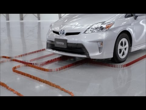 TOYOTA Dominoes