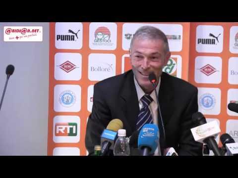 Football / Conference de presse du nouveau selectionneur de la Côte d'Ivoire
