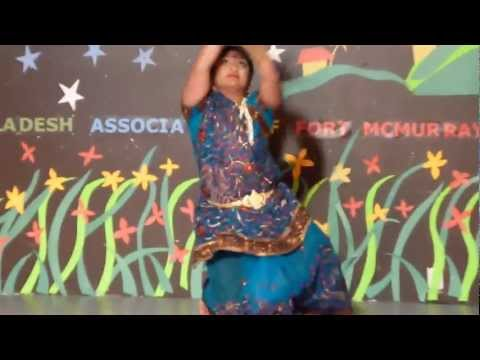 Dekhecho Ki Take  Oi Nil Noder: Dance By Sharmin Joarder video