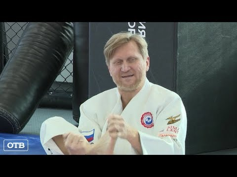 Андрей Рожков провёл тренировку для волонтёров турнира «Большой шлем»