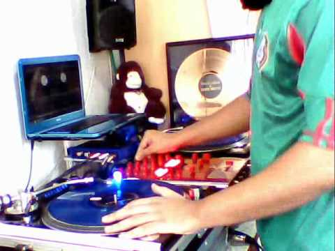Reggaeton latin Oldies Mix.avi video
