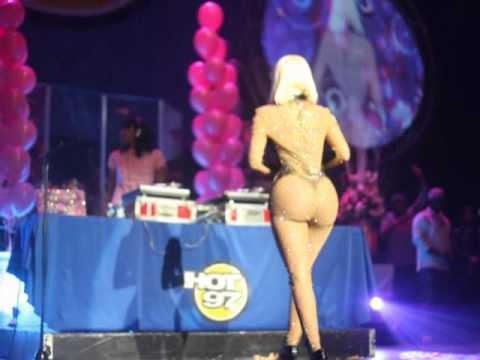 Official Nicki Minaj And Friends Thanksgiving Concert 2010 Pt 2 video