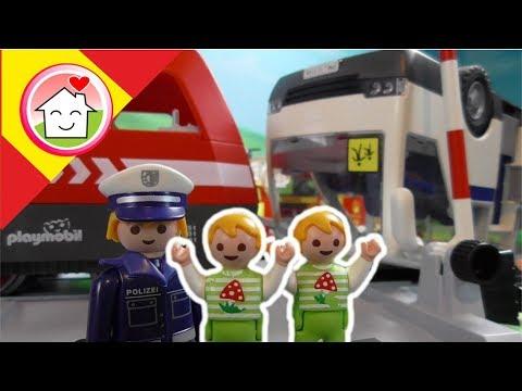 Playmobil en espan?ol Accidente de Tren - La Familia Hauser