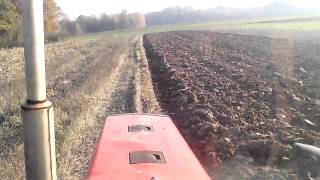 IMT 549 ploughing wheat stubble