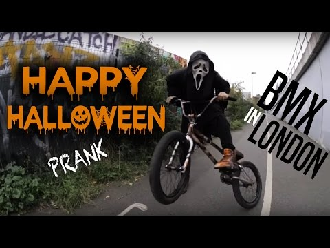 HALLOWEEN PRANK IN LONDON! (BMX)