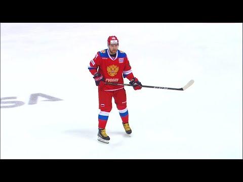 Микрофон на защитнике сборной России Никите Нестерове. Сборная России - сборная Канады.