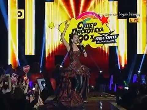 Natalia Oreiro in Russia 19.04.2014 Супердискотека 90 х