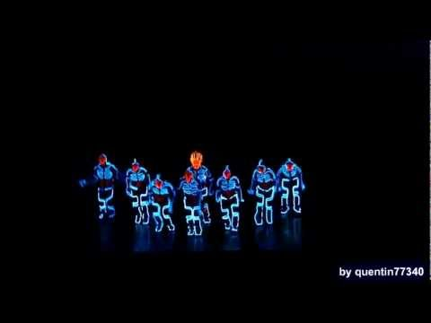 Wrecking Orchestra - Tron Dance Lights Show ( ReStored - Full HD )