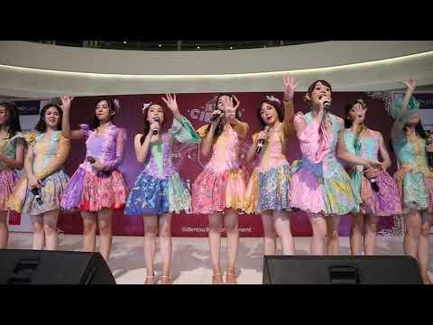 Download JKT48 Circus Team J - Yogyakarta @ Lippo Plaza Yogya Part 2 Mp4 baru