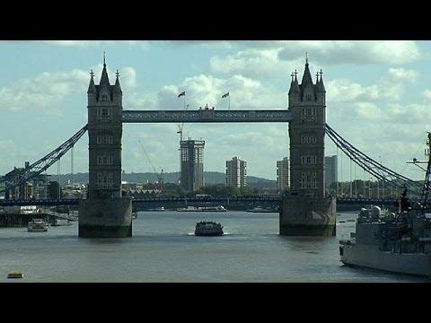 UK economic recovery speeds up - economy