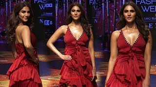 Vaani Kapoor Walks Ramp For Designer Shivan and Narresh | Lakme Fashion Week 2019