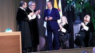 El Villarreal CF recibe el reconocimiento del CEU
