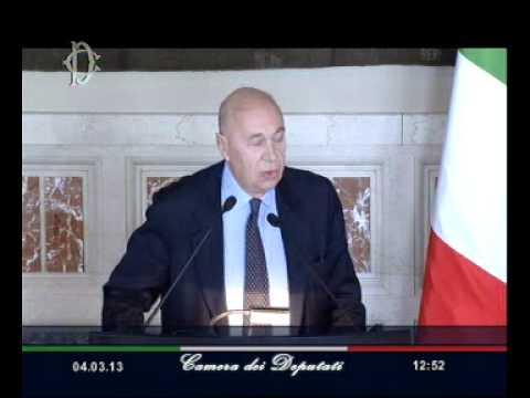 Roma – Giorgio Napolitano – La traversata da Botteghe Oscure al Quirinale (04.03.13)