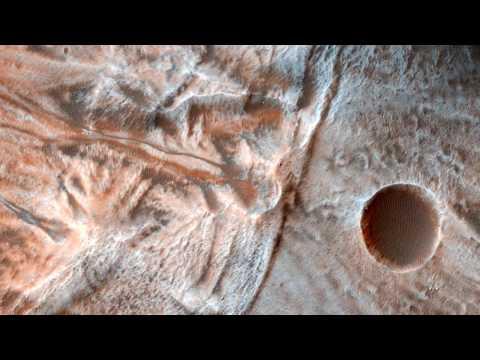 Планета Марс из космоса 2017.  Новые удивительные изображения поверхности Марса