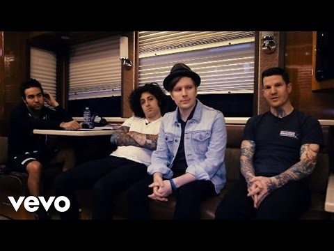 Fall Out Boy - Save Rock and Roll (VEVO Tour Exposed)
