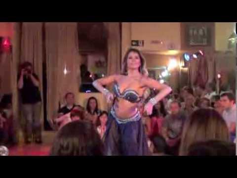 Mahaila El Helwa - Noites Egípcias de Talentos Khan El Khalili - 18.01.14
