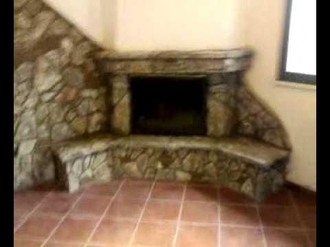 Camino di pietra youtube for Camini rivestiti in pietra immagini
