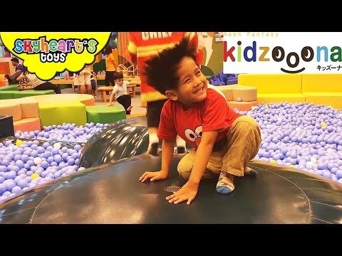 INDOOR PLAYGROUND for kids play children family playtime fun with toys, balls and slides