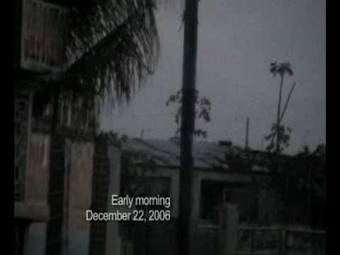 Massacres à Cité Soleil - What's going on in Haiti: Another View- PART 1