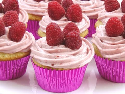 How To Make Homemade Cupcakes From Scratch   Recipe By Laura Vitale Laura In The Kitchen Episode 61
