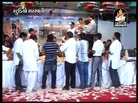 Shiv Tandav | Gujarati Live Dayaro By Kirtidan Gadhvi | Shivji Bhajan video