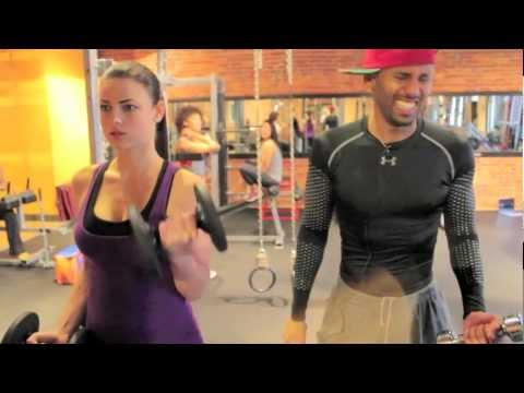 Pog X Yyou: How To Pick Up Women In The Gym (best Pick Up Line Ever) video
