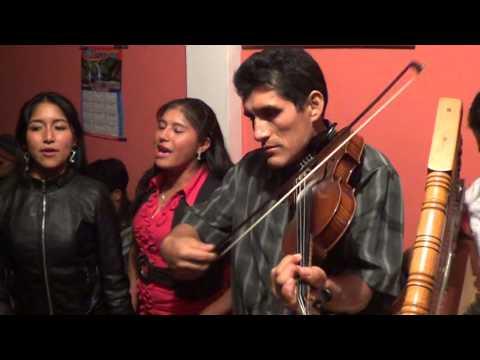 Hnos PEREZ de CAYHUACHAHUA-AYMARAES-APURIMAC contactos 995057276 _PAPIPEREZ