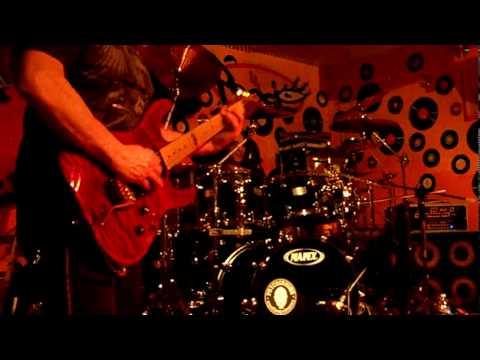 THE MAZE - VINNIE MOORE live @ Il Peocio 06/02/2010 - Trofarello Italy