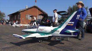 HUGE XXXL L-39 ALBATROS RC TURBINE MODEL JET FLIGHT WITH SMOKE