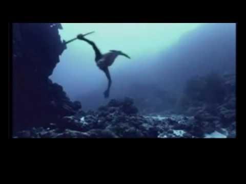 Jimi Hendrix - 1983...(A Merman I Should Turn To Be)