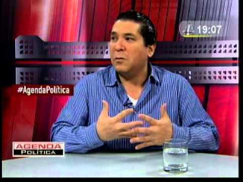 Entrevista a Gastón Acurio I (29/12/13)