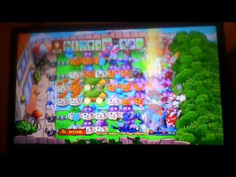 Plants vs. Zombies Survival Endless Strategy Xbox 360 1000 + flags 1 of 2