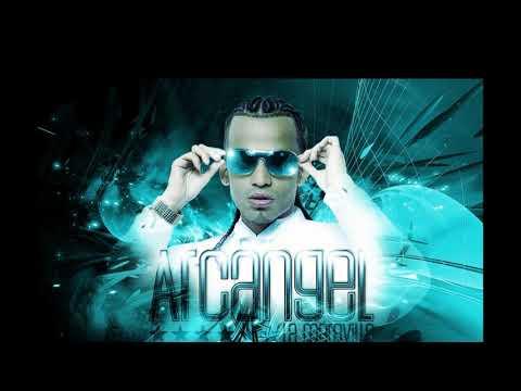 Noche de entierro - Arcangel, Ivy Queen, Daddy Yankee, De La Ghetto, Randy, El Father