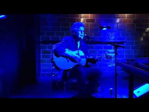 Nick Garrie -deeper tones of blue (acoustic)- [live La Yesería Bar, murcia] (28-2-2020)