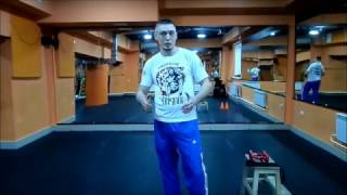 Бокс, работа с гантельками.Boxing,working with weights