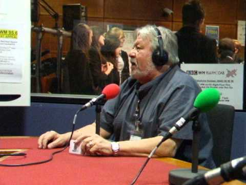 JIMMY POWELL  [PART ONE ] INTERVIEW AT B HAM RADIO   23-0502012 002.avi