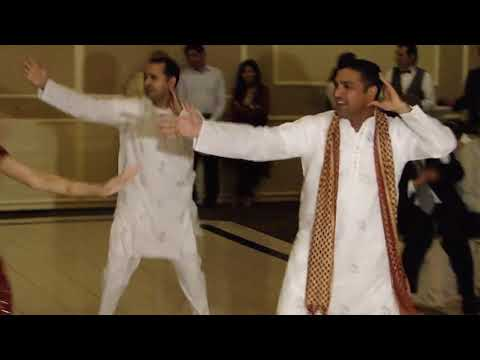 Bhangra (beautiful Punjabi Folk Dance) Performed By Sharma Family At Babbu's Wedding video