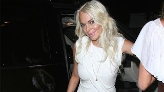 Lindsay Lohan Celebrates 25th Birthday With Sister Ali And Friends [2011]